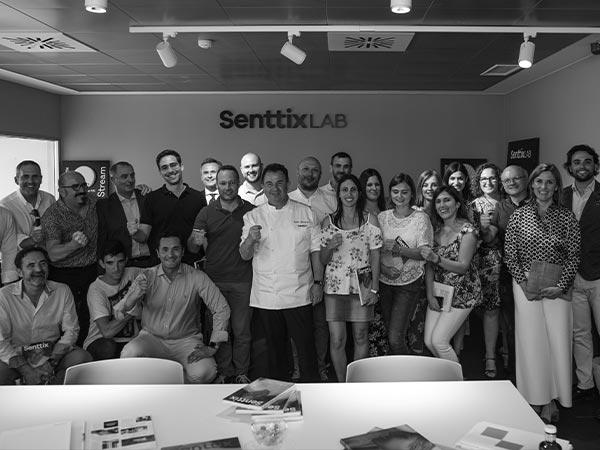 Senttix_Branding